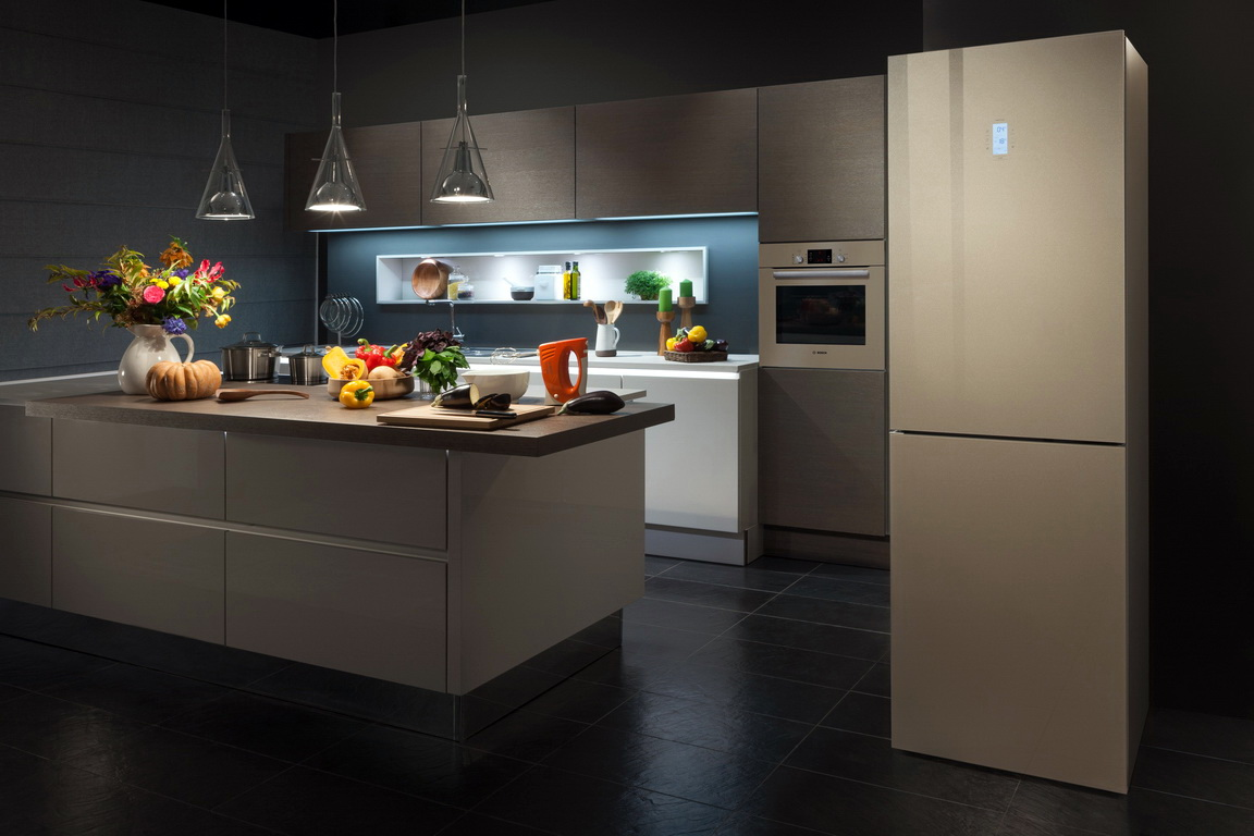 ТОП холодильников Samsung по отзывам покупателей - холодильник Самсунг в интерьере кухни