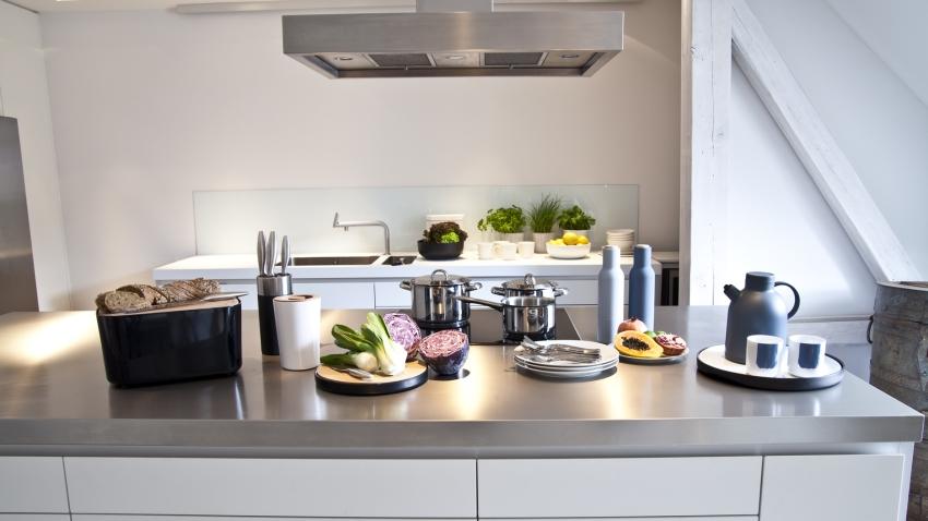 Выбор электрического чайника 2018_независимые эксперты - чайник на кухне