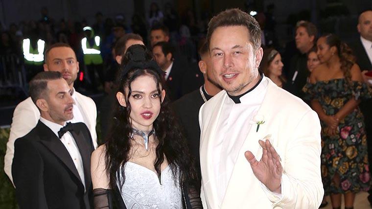Илон Маск с новой подружкой