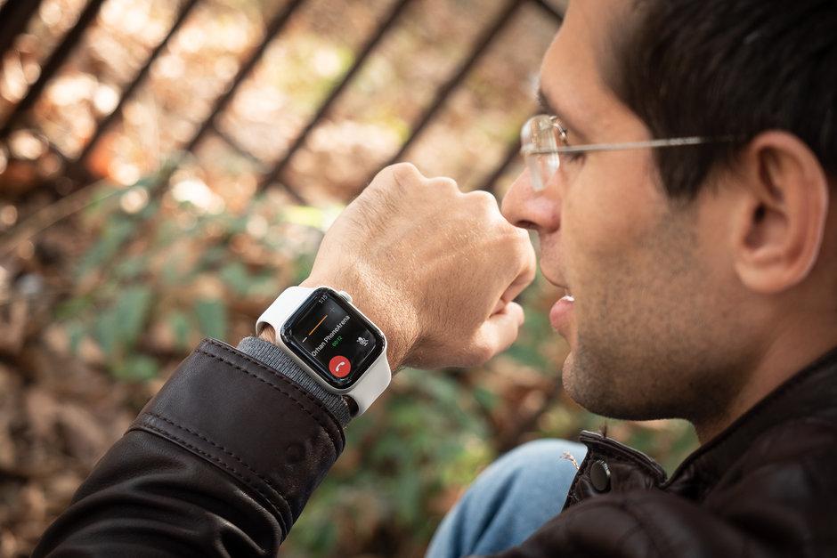 Обзор Apple Watch 4 - разговариваем с помощью часов
