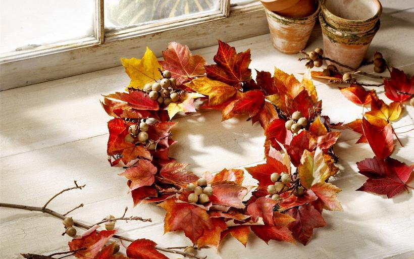 Осенние поделки-венок из листьев