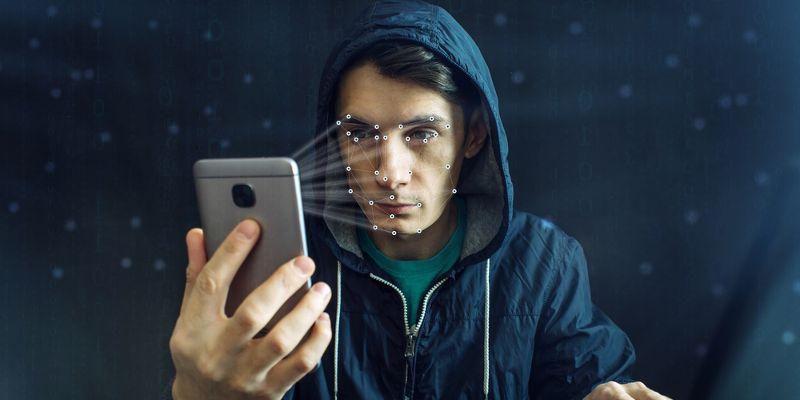 Разблокировка смартфона по лицу. Как это работает - Смартфон сканирует лицо