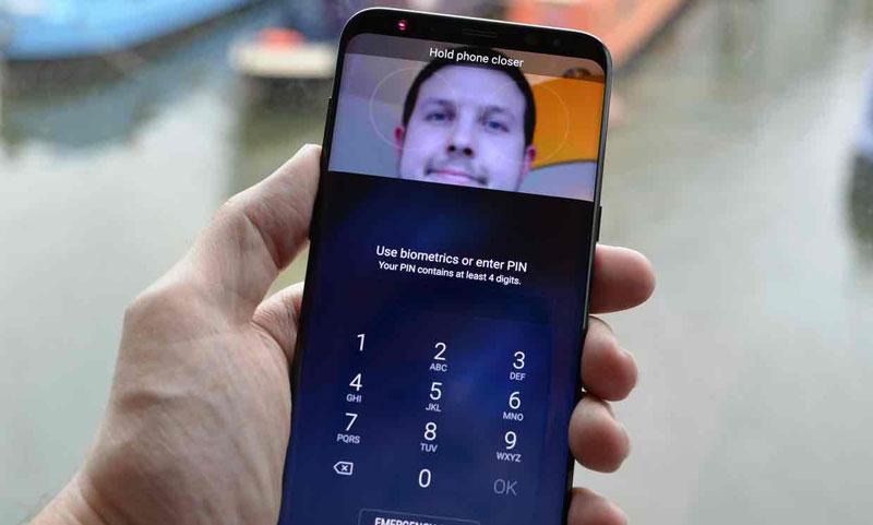 Разблокировка смартфона по лицу. Как это работает - сканер радужки глаз