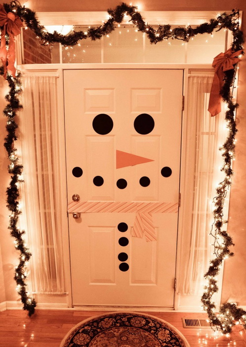 Двери-снеговик-декор дома