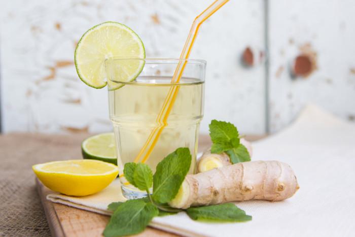 Имбирный лимонад-подача