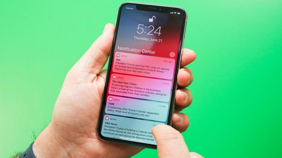 Обзор iOS 12_какая она сейчас и что ожидать в дальнейшем - сообщения на экране