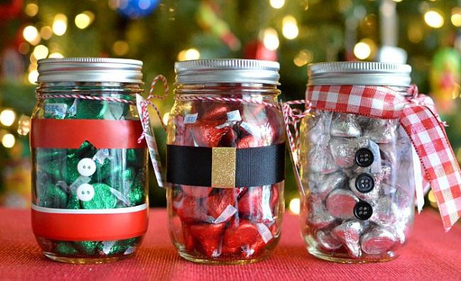 Праздничный декор кухни-сладкие баночки