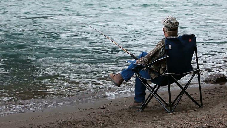 Складные стулья — рыбачим с комфортом
