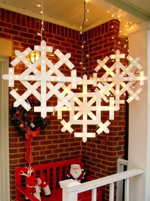 Снежинки-декор