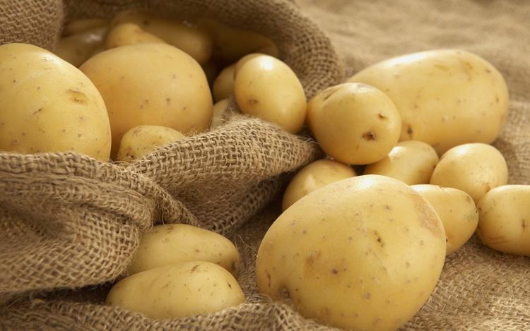 Чистим серебро-картофельным отваром