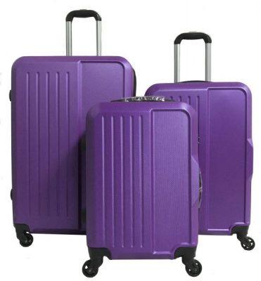 Яка валіза краще? Однозначно пластикова!
