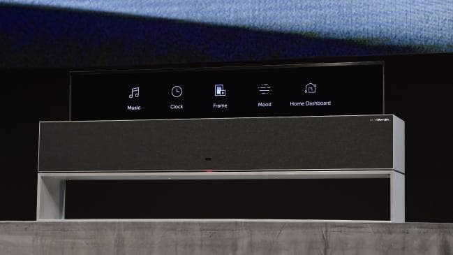 LG Signature-OLED TV R