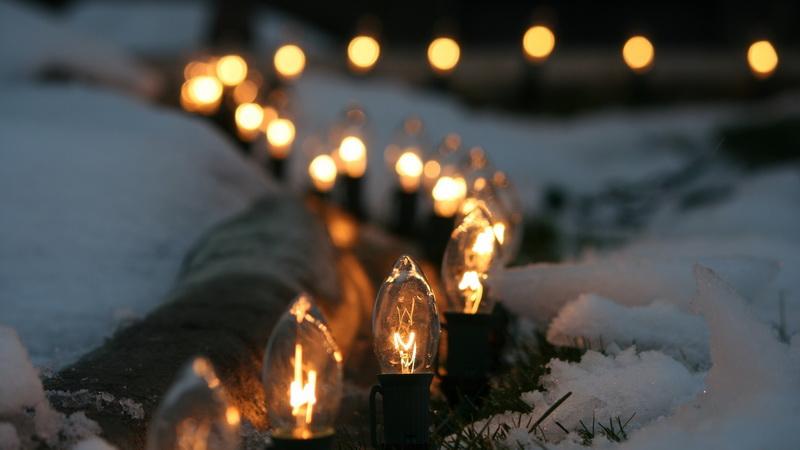 Романтика-свечи и снег