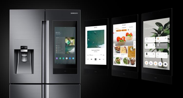 Samsung Family Hub-холодильник с дисплеем
