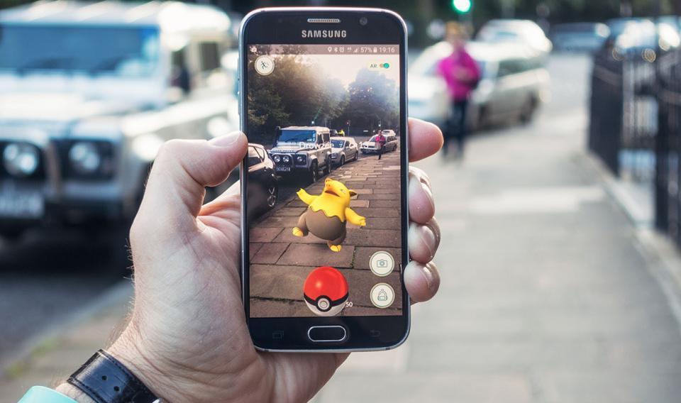 Топ-10 приложений с дополненной реальностью для Android - покемоны