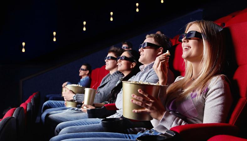 Топ-20 самых ожидаемых фильмов из Голливуда - попкорн в кинотеатре