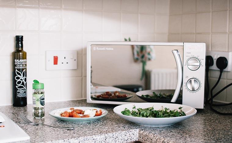 Микроволновая печь и витамины