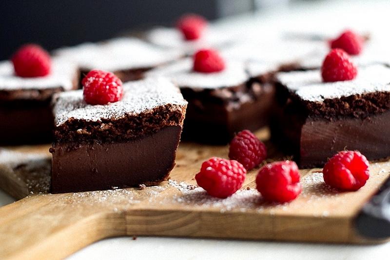 Шоколадное пирожное-десерт