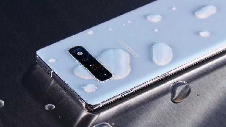 Samsung Galaxy S10+-защита от воды