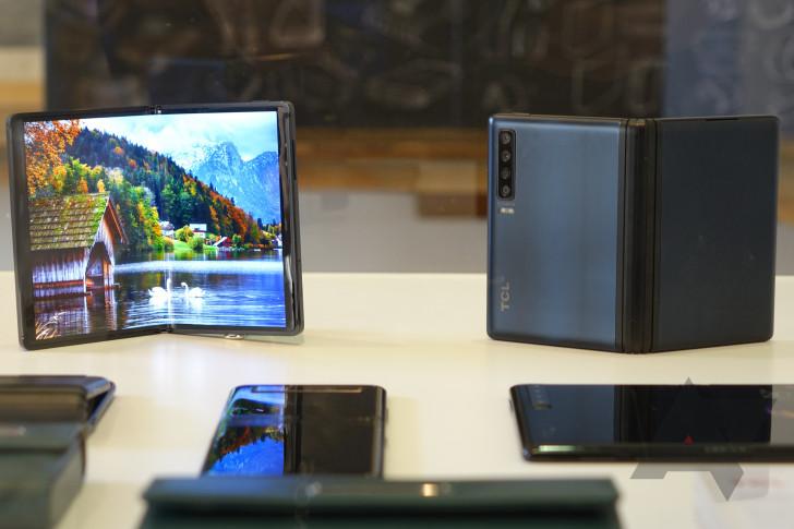 сгибаемые смартфоны 3