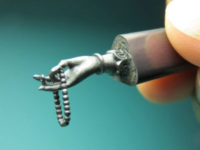 Hobbi-kotoryie-delayut-nas-umnee-i-produktivnee.-----skulpturyi-na-grifele.