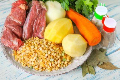 Горох та продукти для супу