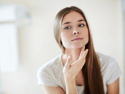 Як позбутися від акне на обличчі