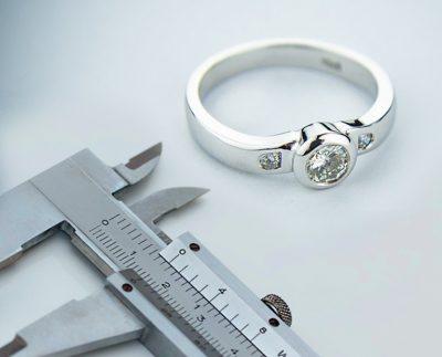Як визначити розмір кільця