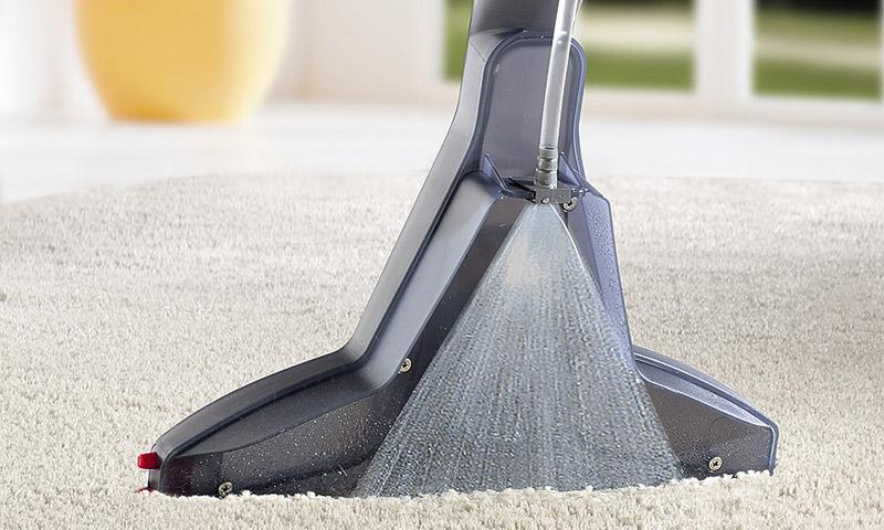 Как провести большую весеннюю уборку дома - уборка моющим пылесосом