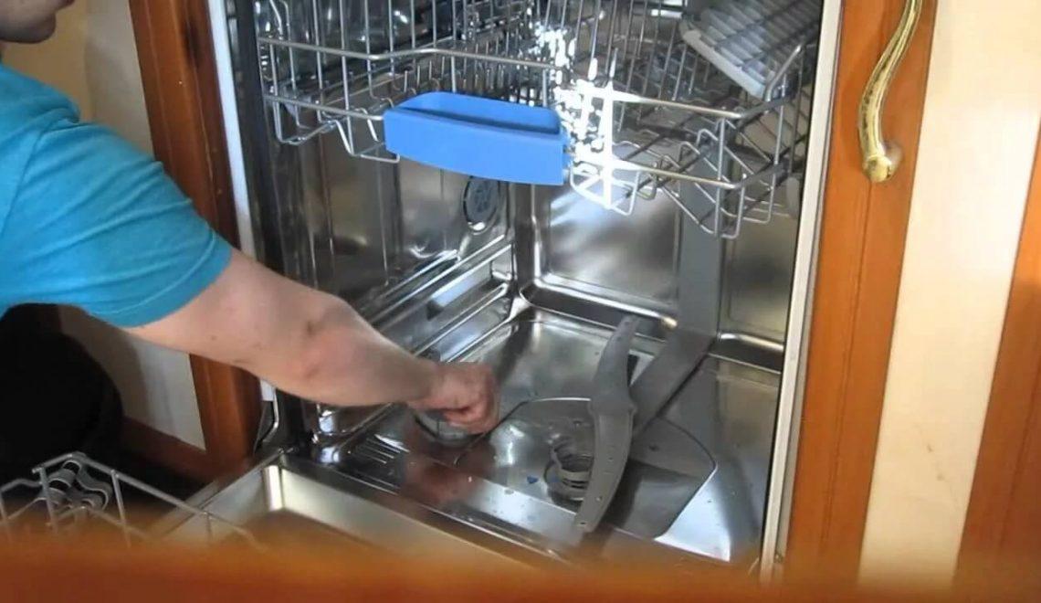 Как ухаживать за кухонной техникой - уход за посудомойкой