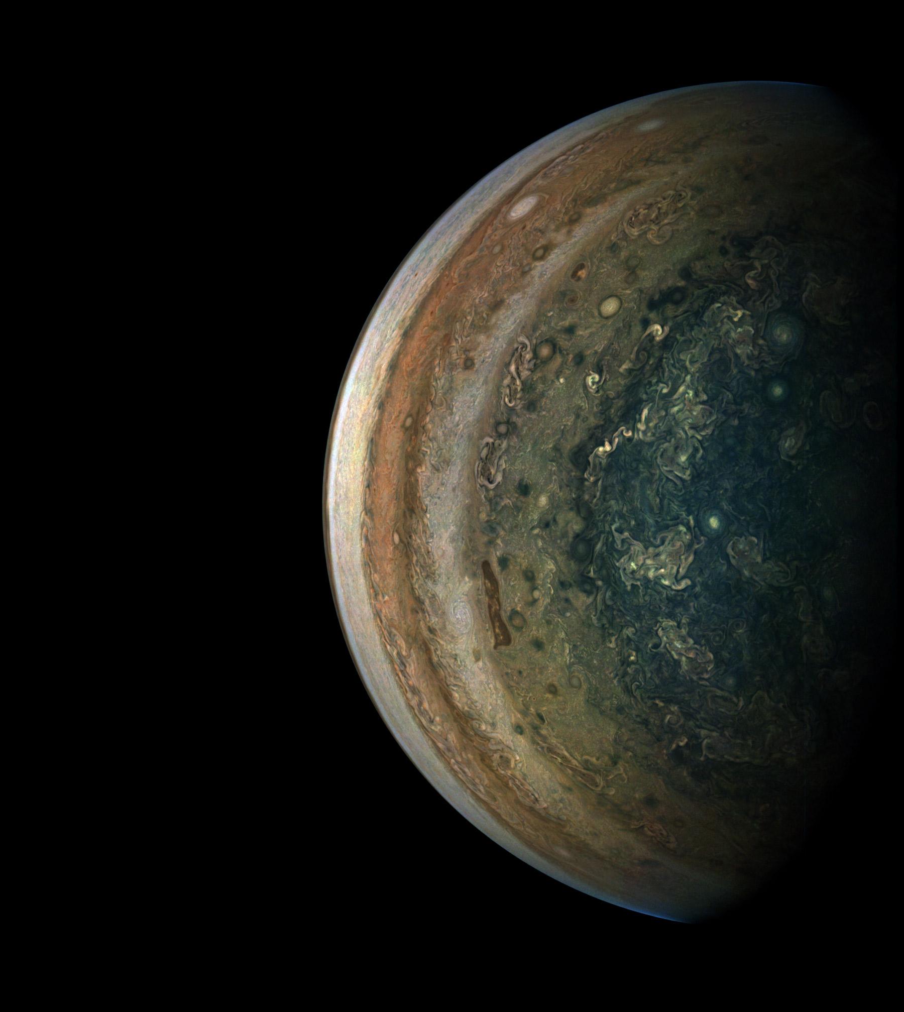 Невероятные фотографии атмосферы Юпитера 3