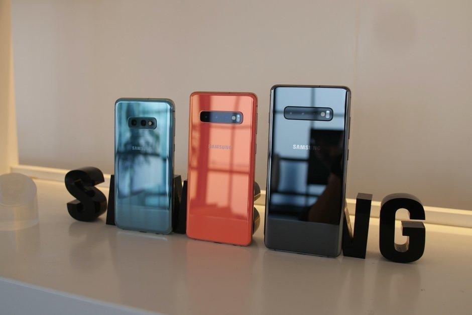 Обзор galaxy S10e_бюджетный флагман от Samsung - камеры трёх смартфонов серии