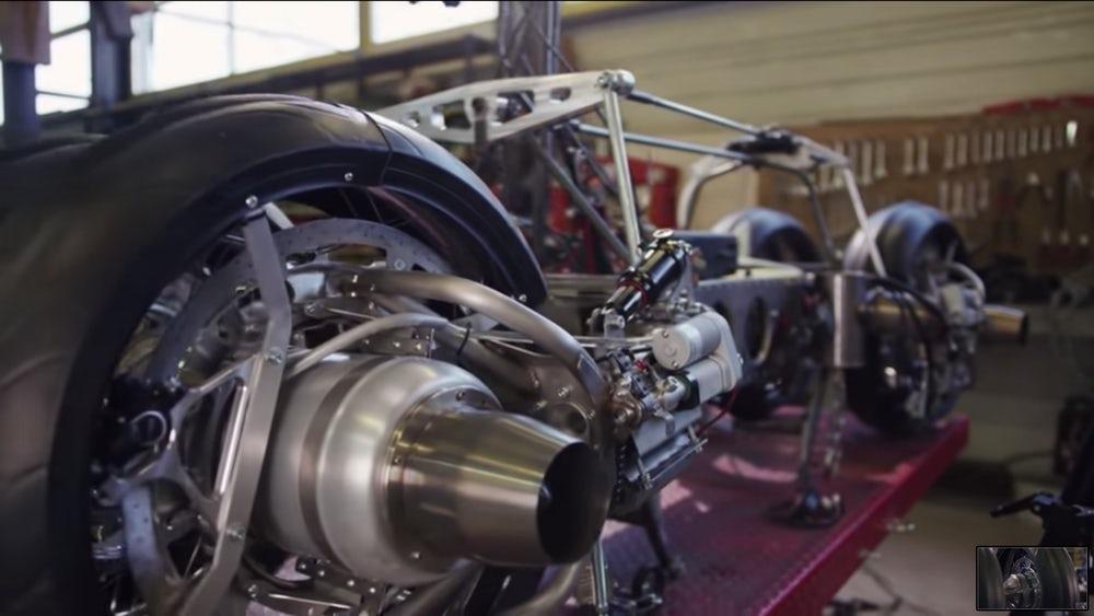 мотоцикл-реактивный квадрокоптер 3