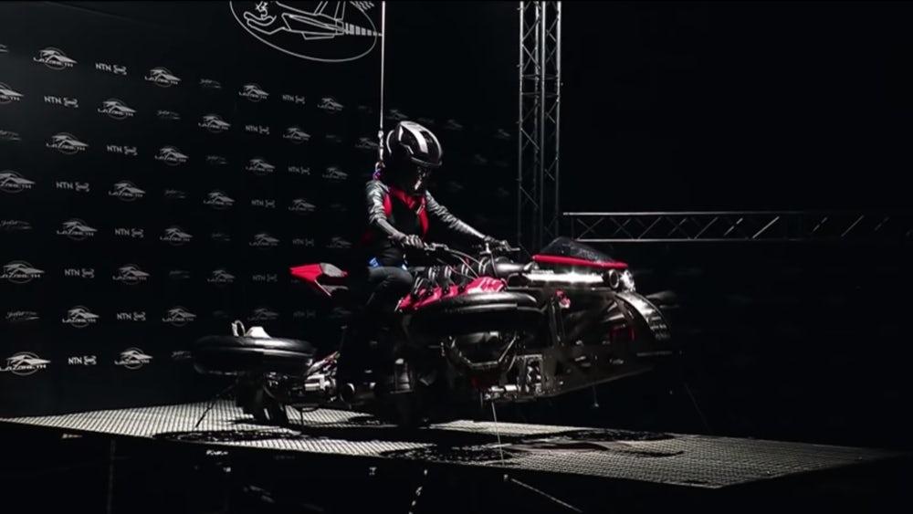 мотоцикл-реактивный квадрокоптер 5