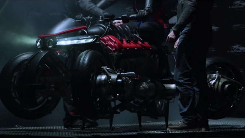мотоцикл-реактивный квадрокоптер 6