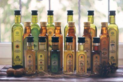 Сиродавлені олії