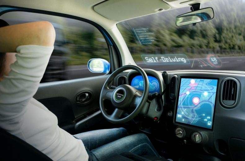 Автомобили тесла смогут полностью самостоятельно ездить 2