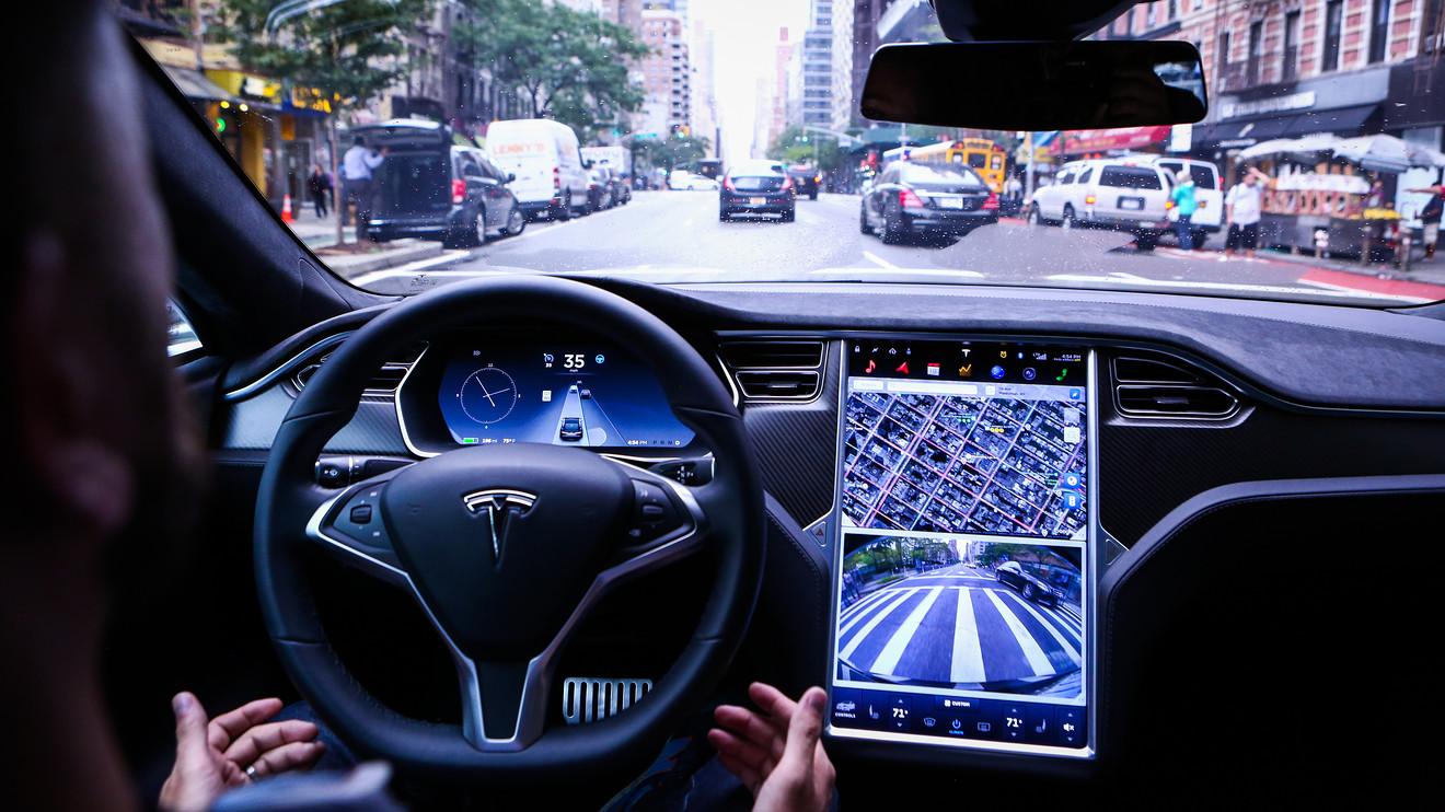 Автомобили тесла смогут полностью самостоятельно ездить 4