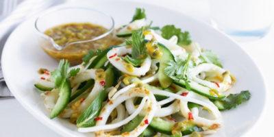 Рецепт салата с кальмаром