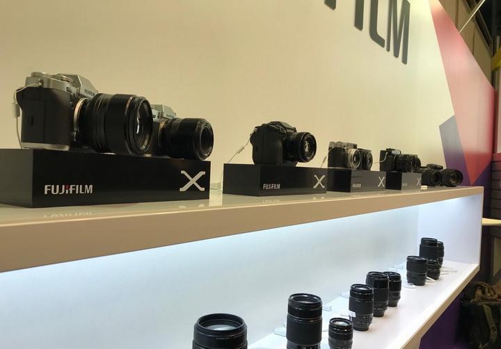 Fujifilm-актуальная линейка камер и объективов