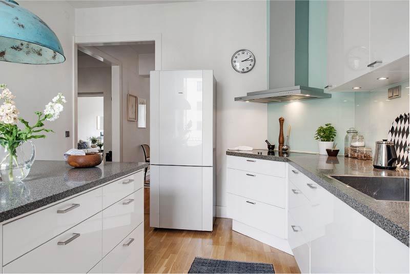 Как выбрать холодильник_на что нужно обратить внимание - холодильник в интерьере кухни