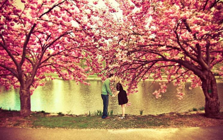 Любовь-апрель