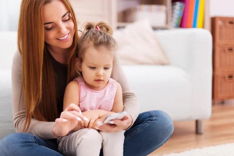 Телефон для малыша