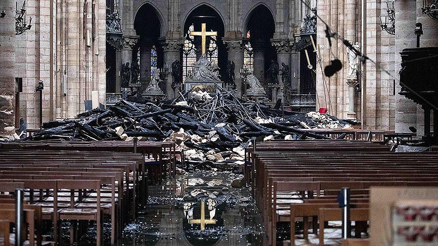 В восстановлении собора Парижской Богоматери поможет игра 4