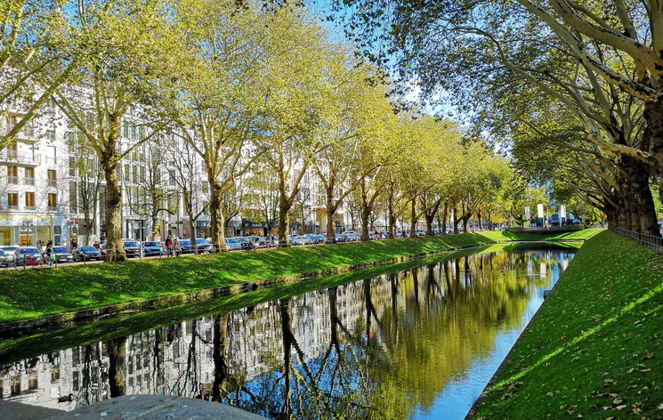 Весенний город-прогулки