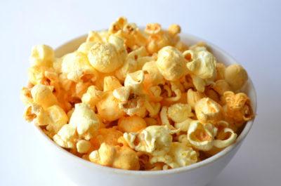 Сырный попкорн дома