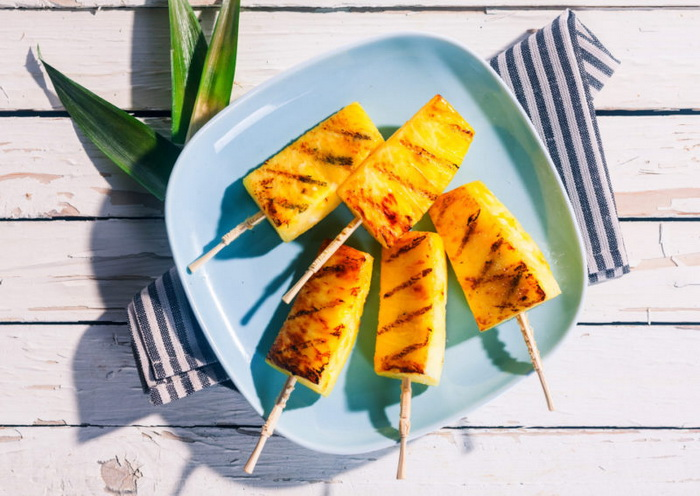 Ананасы-гриль полезный десерт