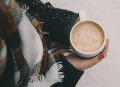 Варианты завязывания шарфа зимой
