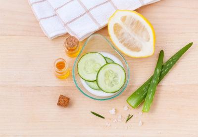 Как убрать отеки под глазами: Натуральные продукты в уходе