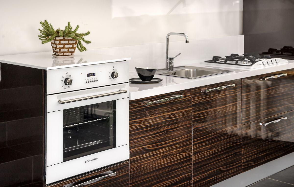 Как выбрать духовой шкаф - духовой шкаф в интерьере кухни